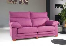 Sofá de dos plazas tapizado